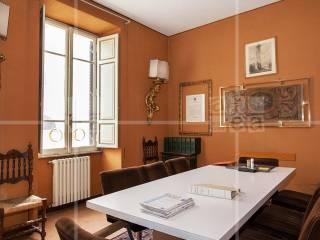Foto - Quadrilocale buono stato, secondo piano, Centro Storico, Roma