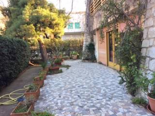 Foto - Appartamento piano rialzato, Mondello, Palermo