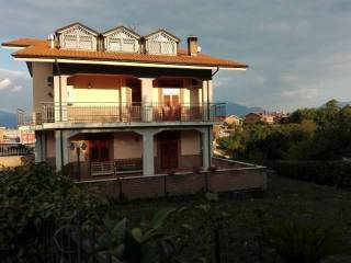 Foto - Villa, ottimo stato, 379 mq, Avellino