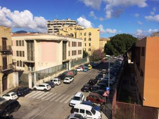 Foto - Trilocale via Pier delle Vigne 3, Borgo Vecchio, Palermo
