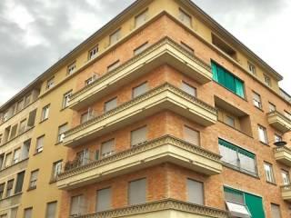 Foto - Quadrilocale via Carlo Tenivelli, San Donato, Torino
