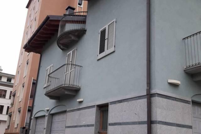 Villa in vendita a Sondrio, 6 locali, Trattative riservate | CambioCasa.it