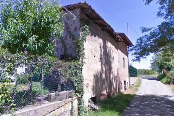 Rustico / Casale in vendita a Valfenera, 6 locali, prezzo € 78.000 | CambioCasa.it