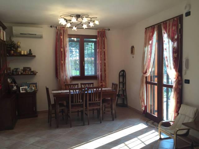 Villa in vendita a Ferrara, 5 locali, prezzo € 280.000 | CambioCasa.it