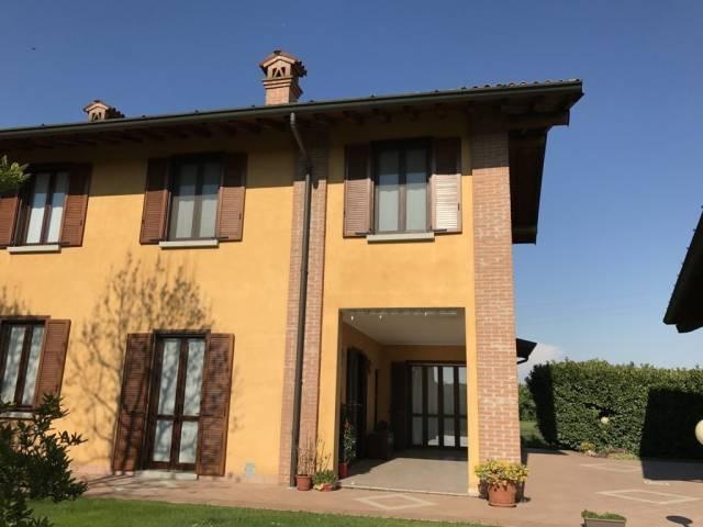Villa in vendita a San Giuliano Milanese, 6 locali, prezzo € 590.000 | CambioCasa.it