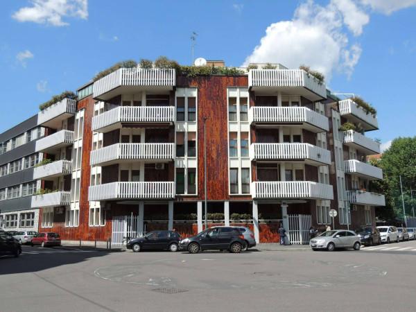 5 locali in vendita a Milano in Via Boncompagni, 7