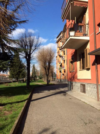 Trilocale in vendita a Milano in Via Fratelli Zoia