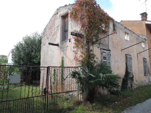 Casa indipendente in vendita a Gorizia in Via Cavalleggeri Di Lodi
