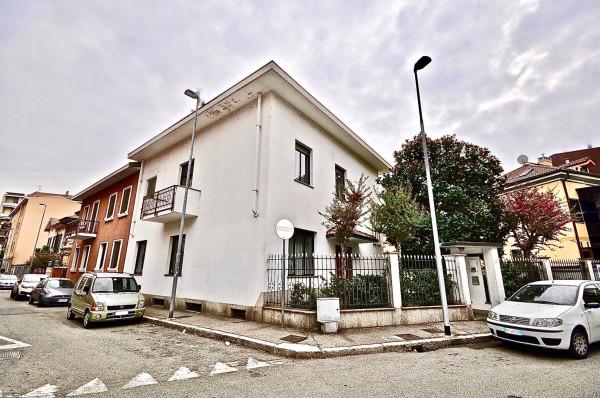 Villa in vendita a Novara in Via Gorizia