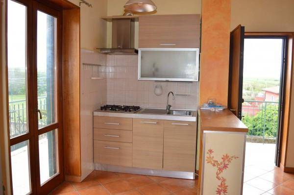 Bilocale in vendita a Roma in Via Della Falcognana