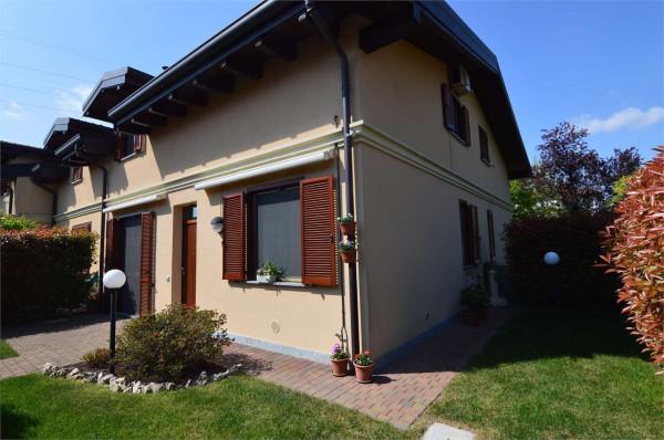 Foto - Villa In Vendita A Fenegrò(co)