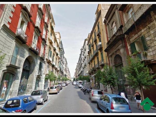 Trilocale in vendita a Napoli in Vico Zuroli, 6