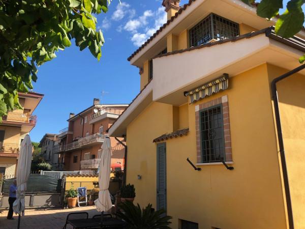 Villa in vendita a Roma in Via Oldenico