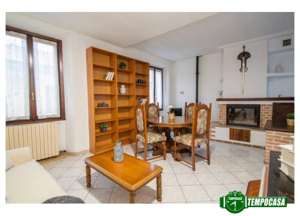 Trilocale in vendita a Uboldo in Via Italia