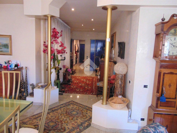 5 locali in vendita a Firenze in Via Masaccio