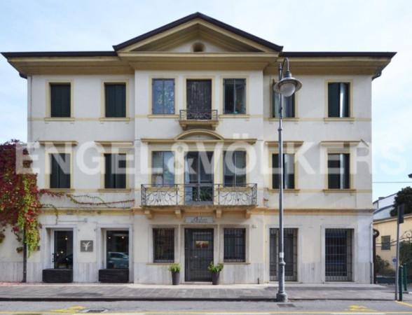 5 locali in vendita a Treviso in Viale Luigi Luzzatti