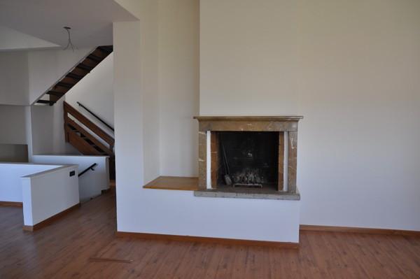 Affitto appartamento bergamo trilocale in via delle tre for Trilocale in affitto bergamo
