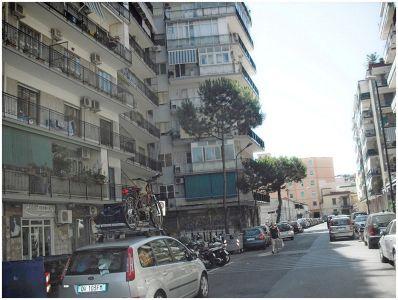 Affitto napoli affitto napoli gianturco cercasicasa it for Appartamenti in affitto arredati napoli