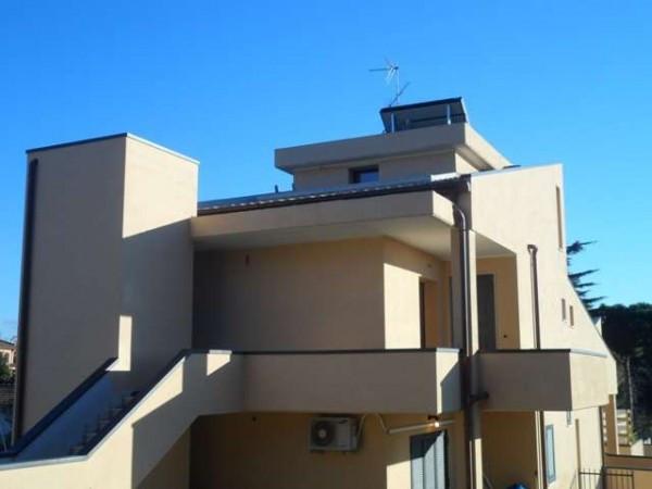 Vendita appartamento albano laziale trilocale in via for Case albano laziale
