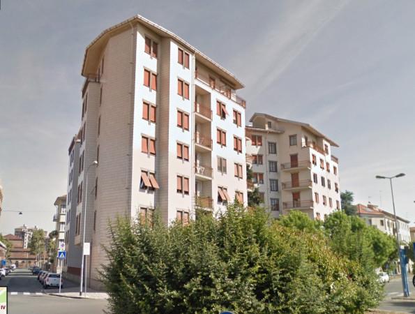 foto  Appartamento buono stato, terzo piano, Alessandria