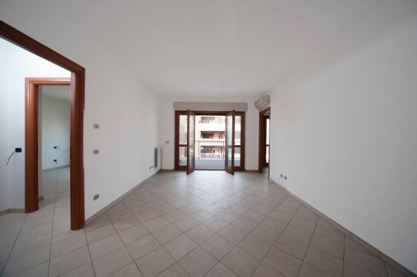 foto  Bilocale via Portuense 2000, Fiumicino