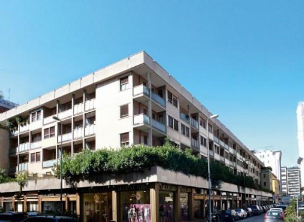 foto  Bilocale via Alfredo Cappellini 16, Milano
