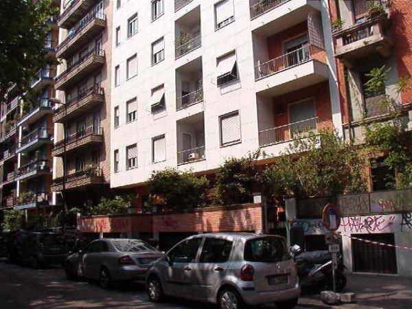 foto facciata Bilocale viale romagna 15, Milano