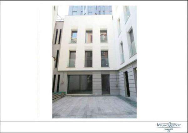 Vendita palazzo stabile in corso di porta romana milano - Case vendita porta romana milano ...