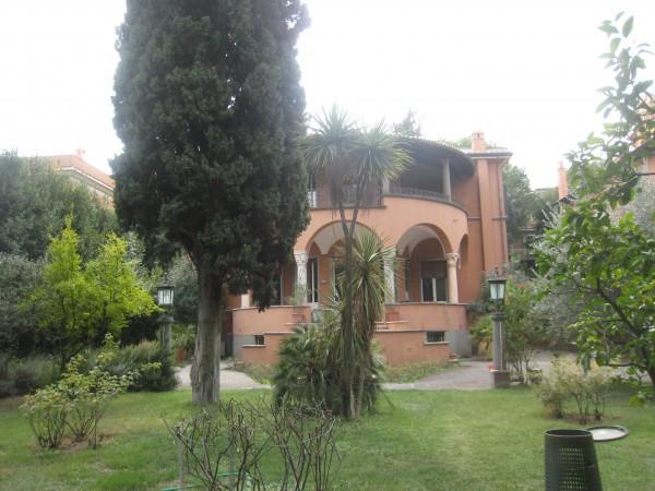 foto prospetto Villa via di Villa Pepoli, Roma