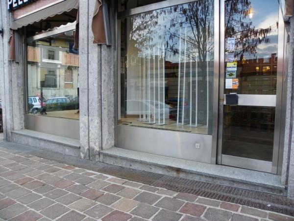 Negozio / Locale in affitto a Biella, 9999 locali, prezzo € 990 | CambioCasa.it