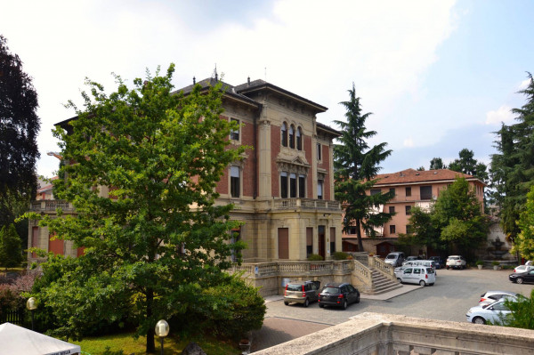 Ufficio / Studio in affitto a Biella, 5 locali, prezzo € 850 | CambioCasa.it