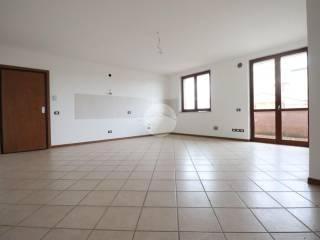 Foto - Bilocale buono stato, primo piano, Castelbelforte