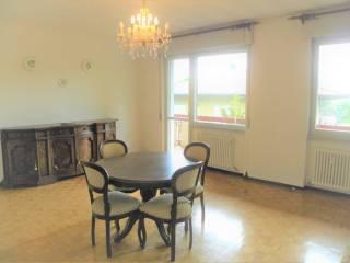 Foto - Appartamento buono stato, secondo piano, Albese con Cassano