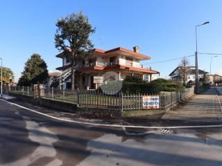 Foto - Villa unifamiliare, buono stato, 350 mq, Sustinente