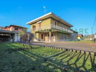 Foto - Villa unifamiliare via Novara 35, Arsago Seprio