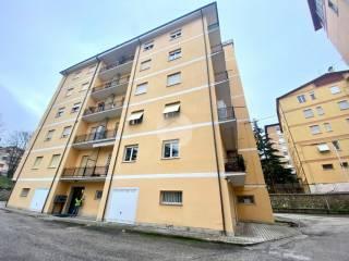 Foto - Trilocale viale Croce Rossa 25, Torretta - Torrione, L'Aquila