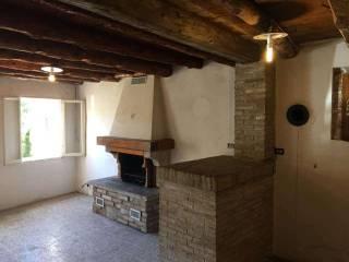 Foto - Rustico, da ristrutturare, 330 mq, Borso del Grappa