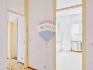 Foto - Bilocale da ristrutturare, terzo piano, Busto Garolfo