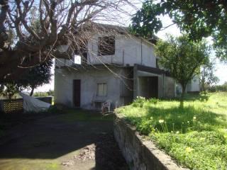 Foto - Villa unifamiliare via Giuseppe Ungaretti, Lavinaio, Aci Sant'Antonio