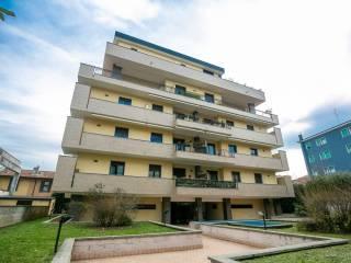 Foto - Bilocale viale Fratelli Casiraghi 410, Rondinella, Stazione, Sesto San Giovanni