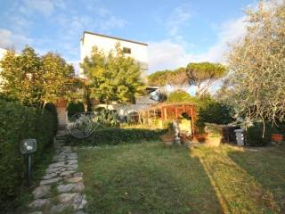 Foto - Villa a schiera via Mare Ionio, Castiglioncello, Rosignano Marittimo