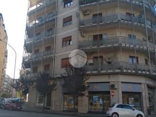 Foto - Trilocale buono stato, quinto piano, Centro, Cosenza