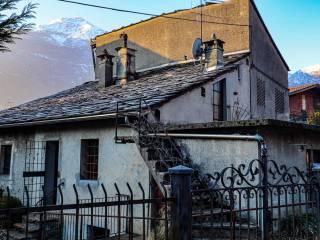 Foto - Rustico via Nazionale per Donnas 63, Pont-Saint-Martin