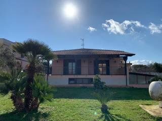 Foto - Villa unifamiliare via Vicinale Masseria Vecchia, Licola Paese, Giugliano in Campania