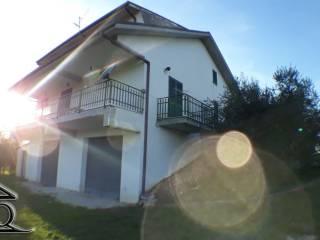Photo - Single family villa Colle Santa Lucia, Macchia d'Isernia