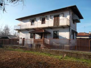 Foto - Villa unifamiliare corso Giuseppe Garibaldi, Gattinara