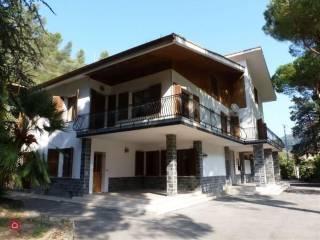 Foto - Villa unifamiliare, buono stato, 570 mq, Isolabona