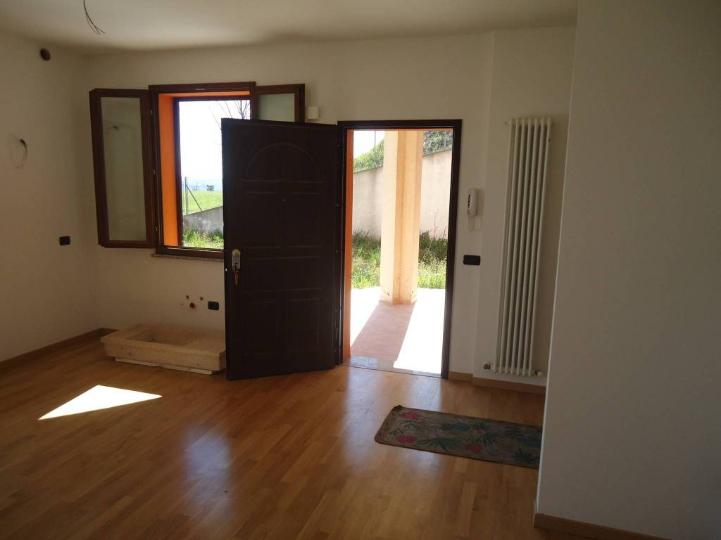 Vendita Appartamento Poggio Torriana. Trilocale in via ...