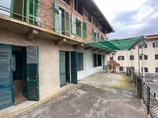 Foto - Villa a schiera via Perissinotto 17, Casapinta