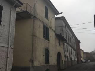 Foto - Terratetto unifamiliare 228 mq, da ristrutturare, Mombaruzzo